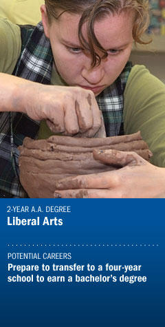 Program : Liberal Arts - Ceramics