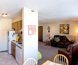 Kirkwood Heights Apartment